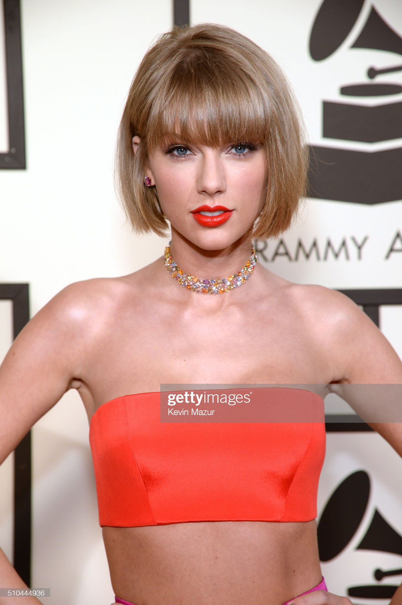 COLOR DE OJOS (clasificación y debate de personas famosas) Taylor-swift-attends-the-58th-grammy-awards-at-staples-center-on-15-picture-id510444936?s=2048x2048