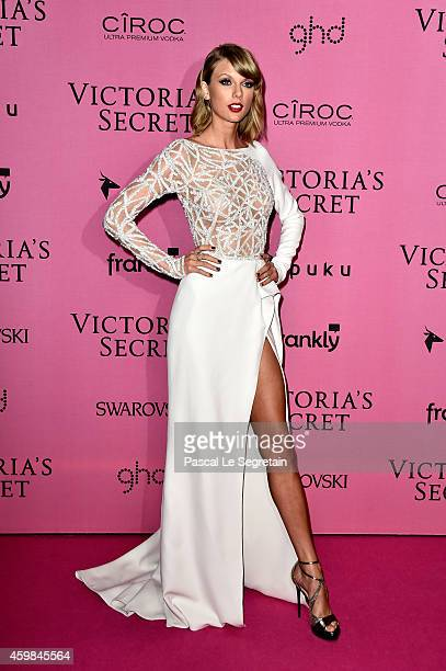 8 301 Taylor Swift Dress Photos And Premium High Res Pictures Getty Images