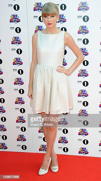 Taylor Swift attends the BBC Radio 1 Teen Awards on October 7 2012 in London England
