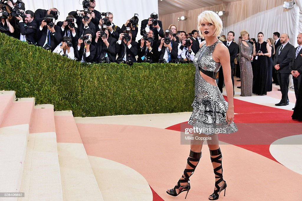 """Manus x Machina: Fashion In An Age Of Technology"" Costume Institute Gala : Nieuwsfoto's"