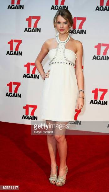 Taylor Swift attends the Sydney premiere of 17 Again at Hoyts Cinema at the Entertainment Quarter on March 11 2009 in Sydney Australia