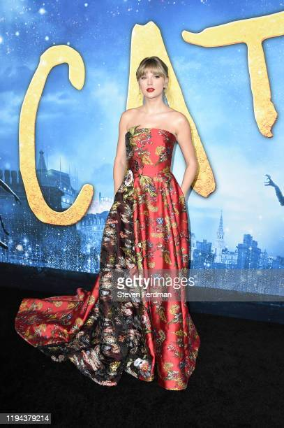 Taylor Swift attends the world premiere of Cats at Alice Tully Hall Lincoln Center on December 16 2019 in New York City