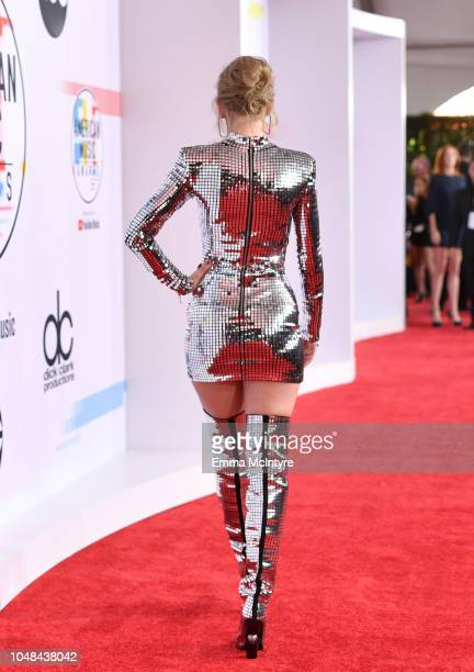Taylor Swift fashion detail attends the 2018 American Music Awards at Microsoft Theater on October 9 2018 in Los Angeles California