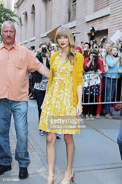Taylor Swift is seen leaving the ABC Studios on October 22 2012 in New York City