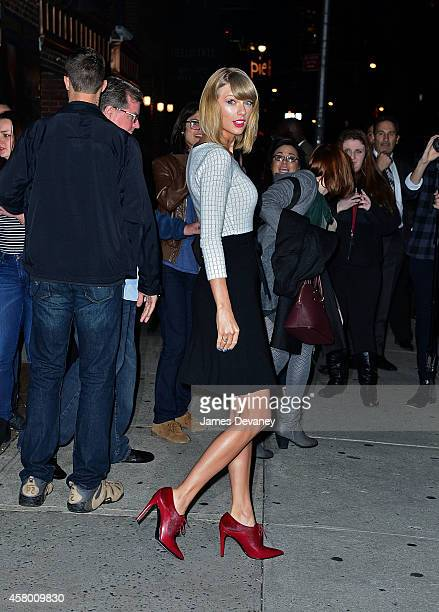 """Taylor Swift leaves the """"Late Show With David Letterman"""" at Ed Sullivan Theater on October 28, 2014 in New York City."""