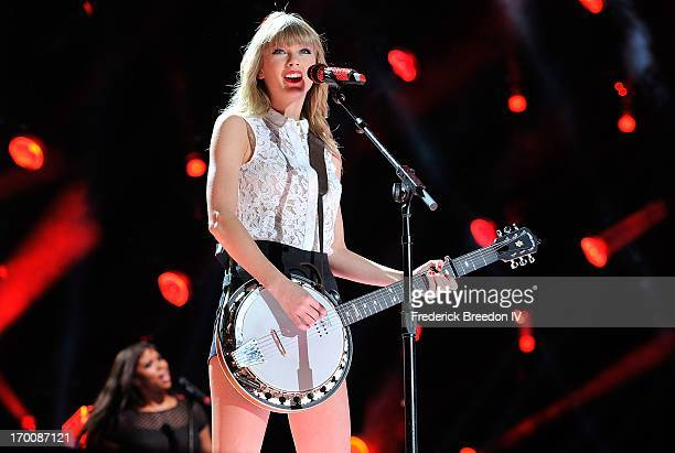 Taylor Swift performs at LP Field during the 2013 CMA Music Festival on June 6, 2013 in Nashville, Tennessee.