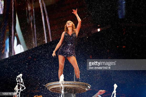 Taylor Swift performs at Marvel Stadium on October 26 2018 in Melbourne Australia