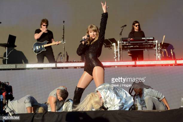Taylor Swift performs during day 2 of BBC Radio 1's Biggest Weekend 2018 held at Singleton Park on May 27 2018 in Swansea Wales