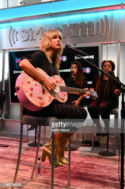 Taylor Swift performs during her SiriusXM's Town Hall Special at SiriusXM Studios on August 23 2019 in New York City