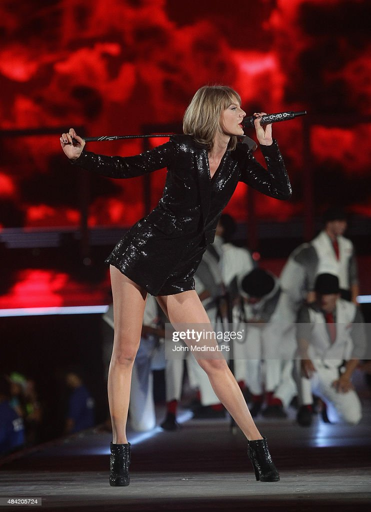 Taylor Swift performs during her 'The 1989 World Tour' at Levi's Stadium on August 15, 2015 in Santa Clara, California.