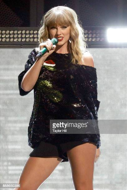 Taylor Swift performs during the 2017 Z100 Jingle Ball at Madison Square Garden on December 8 2017 in New York City