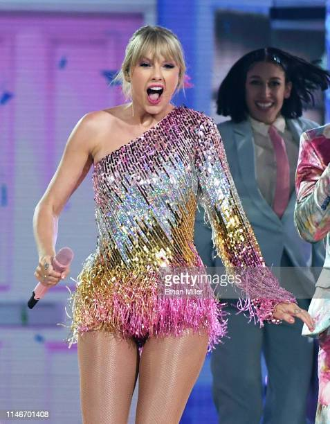 Taylor Swift performs during the 2019 Billboard Music Awards at MGM Grand Garden Arena on May 1 2019 in Las Vegas Nevada