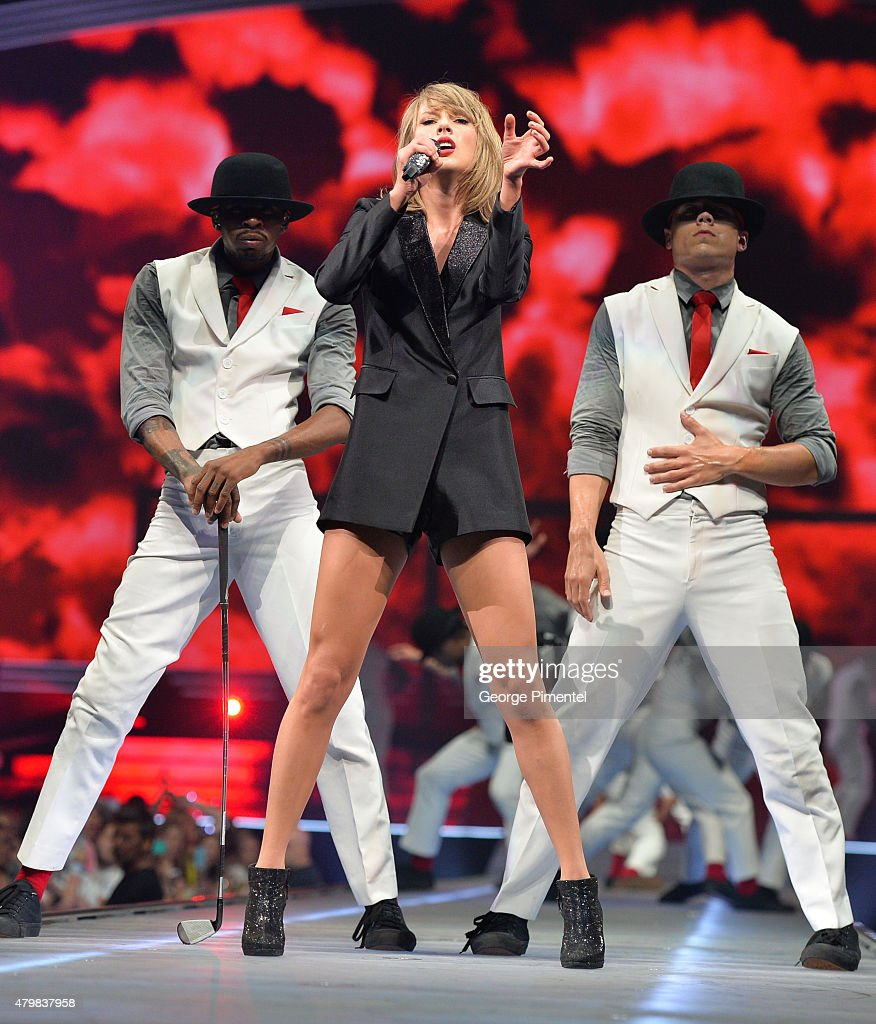 Taylor Swift The 1989 World Tour Live In Montreal : News Photo