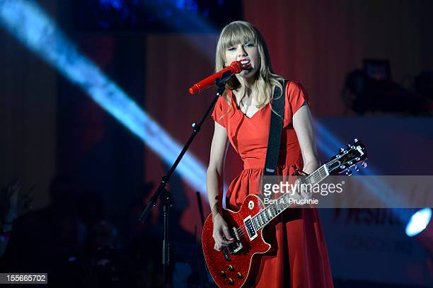Taylor Swift performs live after switching on the christmas lights at Westfield London, White City/Shepherd's Bush on November 6, 2012 in London,...