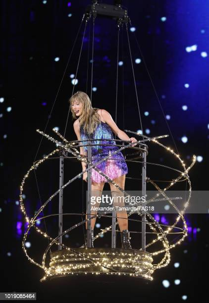 80 Taylor Swift Miami Photos And Premium High Res Pictures Getty Images