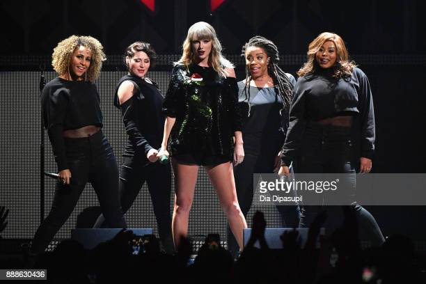 Taylor Swift performs onstage at the Z100's Jingle Ball 2017 on December 8 2017 in New York City