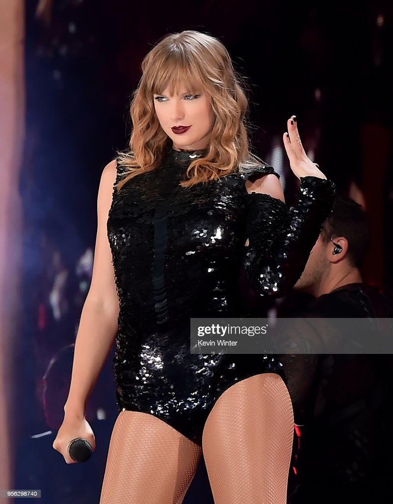 Taylor Swift 2018 reputation Stadium Tour