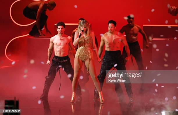 Taylor Swift performs onstage during the 2019 American Music Awards at Microsoft Theater on November 24 2019 in Los Angeles California