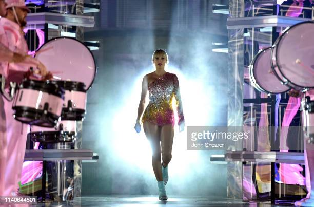 Taylor Swift performs onstage during the 2019 Billboard Music Awards at MGM Grand Garden Arena on May 1 2019 in Las Vegas Nevada