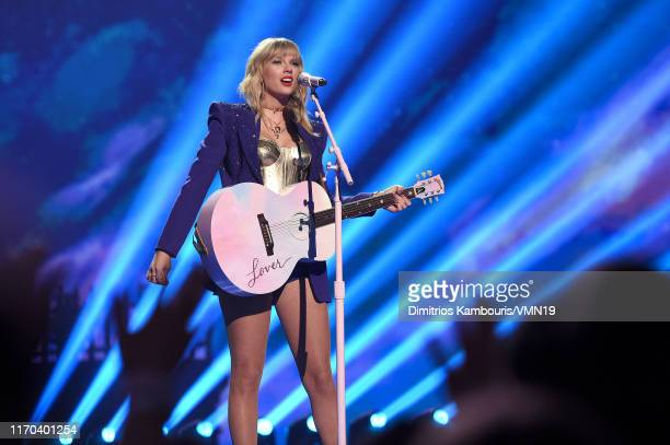 Taylor Swift performs onstage during the 2019 MTV Video Music Awards at Prudential Center on August 26, 2019 in Newark, New Jersey.
