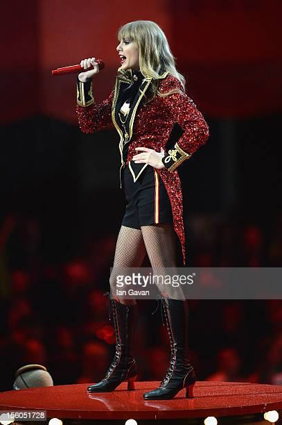 Taylor Swift performs onstage during the MTV EMA's 2012 at Festhalle Frankfurt on November 11 2012 in Frankfurt am Main Germany