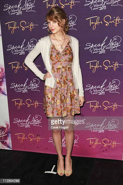 Taylor Swift poses backstage prior to the opening night of her Speak Now tour at the LG Arena on March 23 2011 in Birmingham England