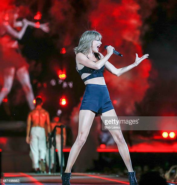 Taylor Swift The 1989 World Tour Live In Houston at Minute Maid Park on September 9 2015 in Houston Texas