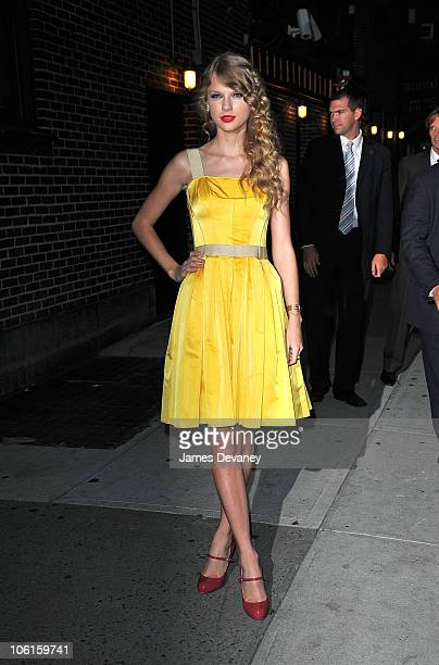 Taylor Swift visits Late Show With David Letterman at Ed Sullivan Theater on October 26 2010 in New York City