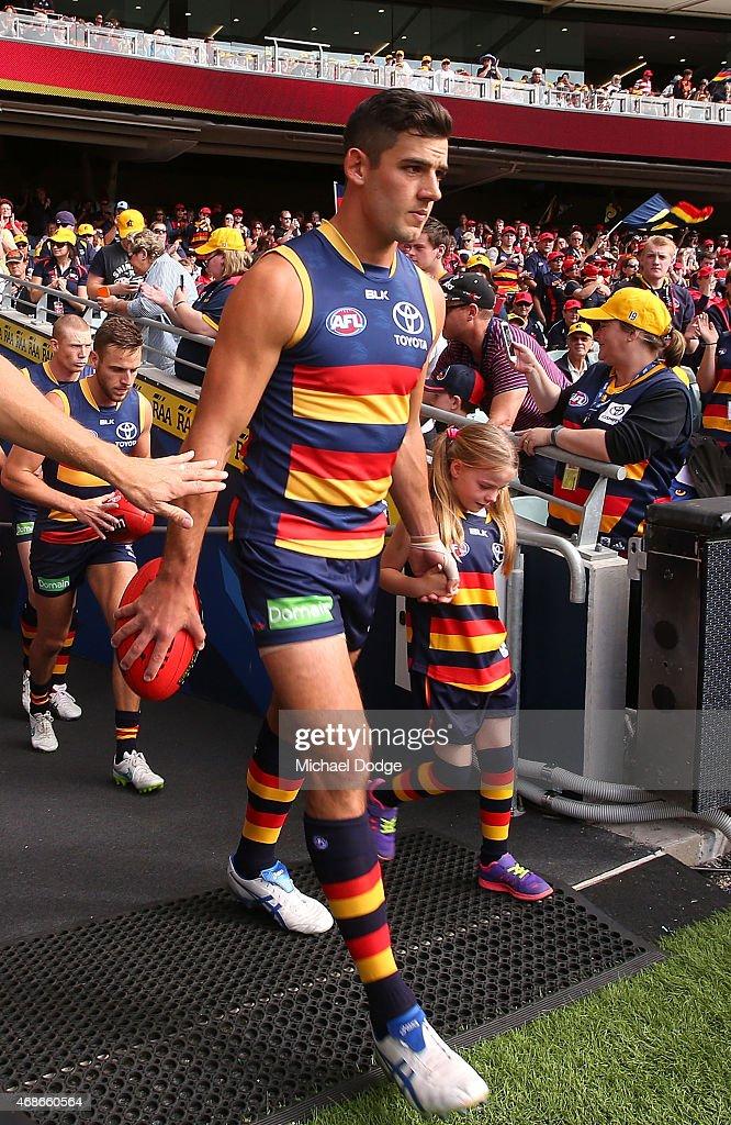 Taylor Walker Photos Photos - Adelaide Crows v Essendon