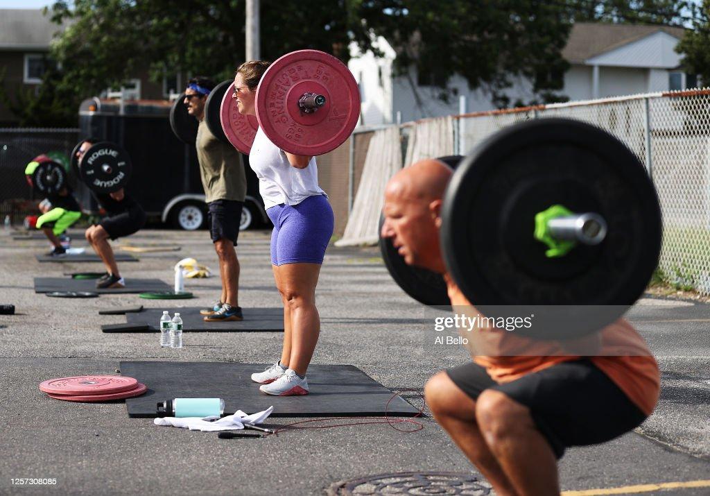 Fitness Class Held Outside During Coronavirus Pandemic : News Photo