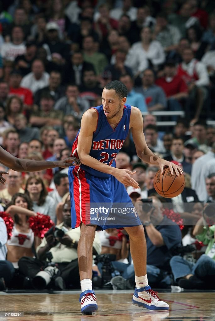 Tayshaun Prince #22 of the Detroit Pistons moves the ball against the Chicago Bulls in Game Three of the Eastern Conference Semifinals during the 2007 NBA Playoffs at the United Center on May 10, 2007 in Chicago, Illinois. The Pistons won 81-74 to take a 3-0 lead in the series.