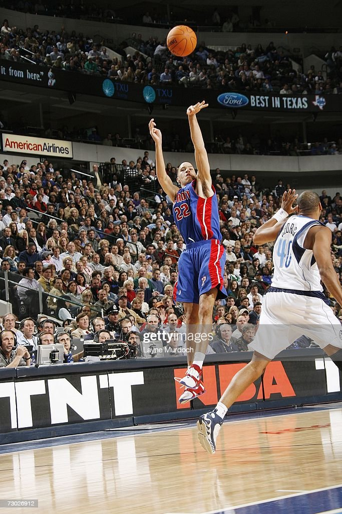Tayshaun Prince #22 of the Detroit Pistons shoots against the Dallas Mavericks during an NBA game on December 7, 2006 at the American Airlines Center in Dallas, Texas.