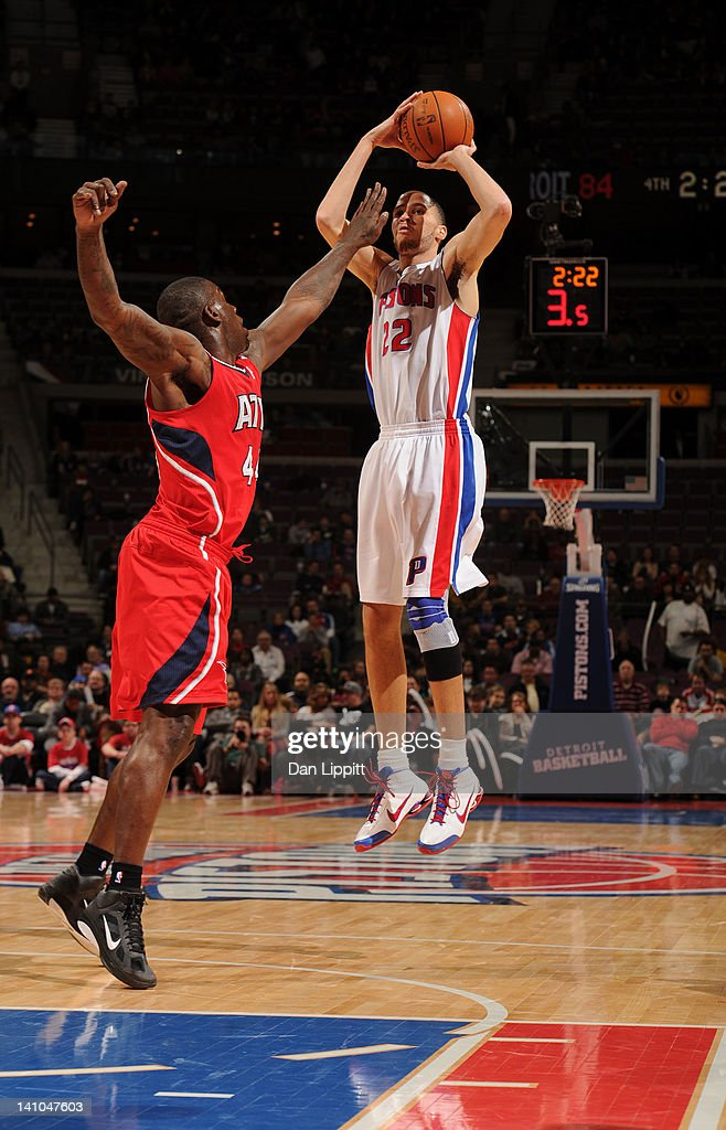 Tayshaun Prince #22 of the Detroit Pistons takes a jump shot against Ivan Johnson #44 of the Atlanta Hawks during the game on March 9, 2012 at The Palace of Auburn Hills in Auburn Hills, Michigan.