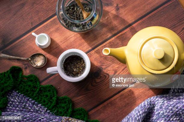 tazza di tè - steeping stock pictures, royalty-free photos & images
