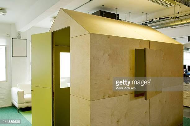 Tbg Advertising AgencyLondon Nw1 United Kingdom Architect Satmoko Ball Tbg Advertising Agency Private Meeting Room
