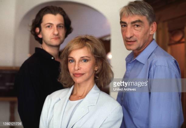 Tödliches Netz, D 1994, Regie: Vivian Naefe, DOMINIK RAACKE, SYDNE ROME, GOTTFRIED JOHN.