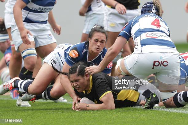 Te Amohare NgataAerengamate of Wellington scores a try during the Farah Palmer Cup Premiership Semi Finals match between Auckland and Wellington at...