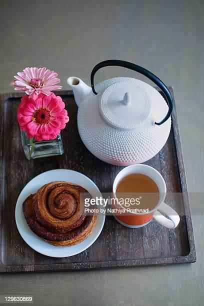 Tea and cinnamon swirl