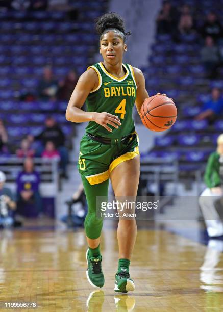 Te'a Cooper of the Baylor Lady Bears brings the ball up court during the first quarter against the Kansas State Wildcats on February 8, 2020 at...