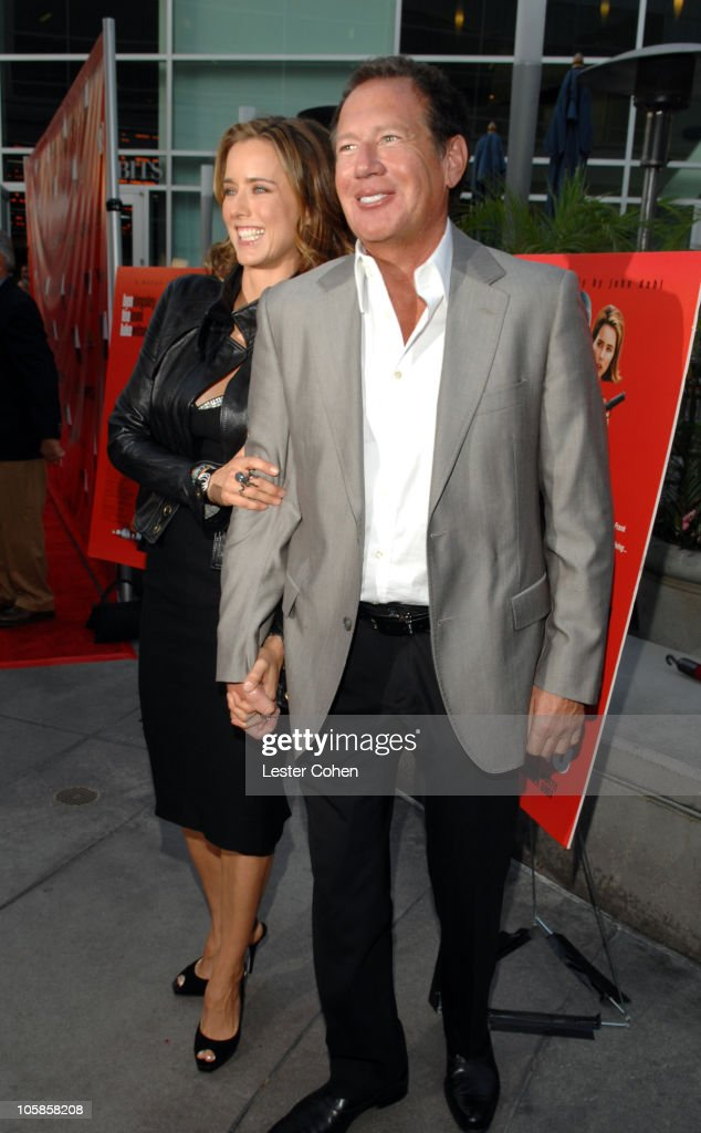 Tea Leoni and Garry Shandling during 'You Kill Me' Los Angeles Premiere - Red Carpet at ArcLight Hollywood in Hollywood, California, United States.
