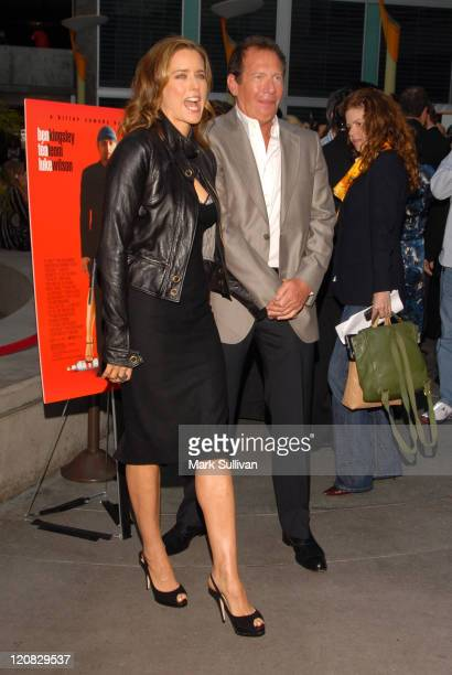 Tea Leoni and Garry Shandling during 'You Kill Me' Los Angeles Premiere Arrivals at ArcLight Hollywood in Hollywood California United States
