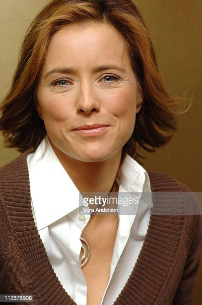Tea Leoni during 'Fun with Dick and Jane' Press Conference with Jim Carrey and Tea Leoni at Waldorf Astoria Hotel in New York City New York United...