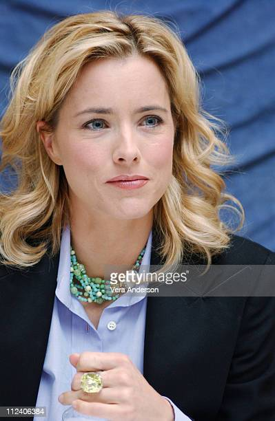 Tea Leoni during Spanglish Press Conference with Adam Sandler Tea Leoni James L Brooks Paz Vega and Cloris Leachman at Four Seasons Hotel in Los...