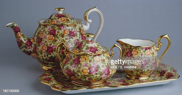 Tea service Old Country Roses Chintz Collection ceramic Royal Albert manufacture StokeonTrent England 20th century
