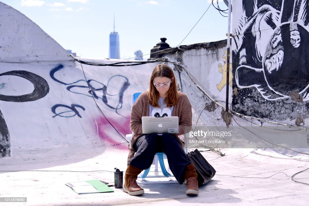 New York City School Teacher Teaches Remote Lesson To Her Class Online : News Photo
