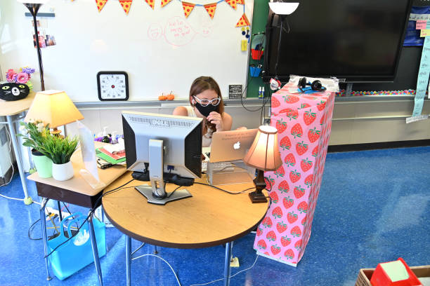NY: New York Teachers Conduct Remote Classes From School Building