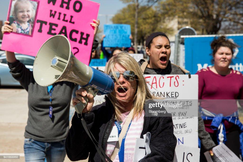 Teacher Strikes Spread As More Follow West Virginia's 'Wildcats' : News Photo