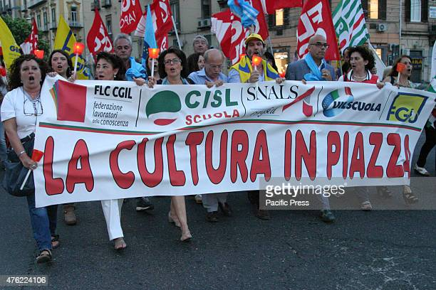 Teachers and unions in torchlight in Naples against the bill 'Buona Scuola' which is under discussion in the Senate The torchlight procession marched...