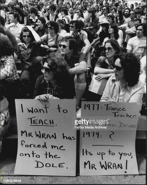 Teachers Strike Meeting -- More than 4,000 metropolitan school teachers pictured at a mass meeting in Wentworth Park today. September 25, 1978. .