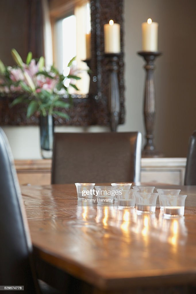 Tealights on table : Foto stock